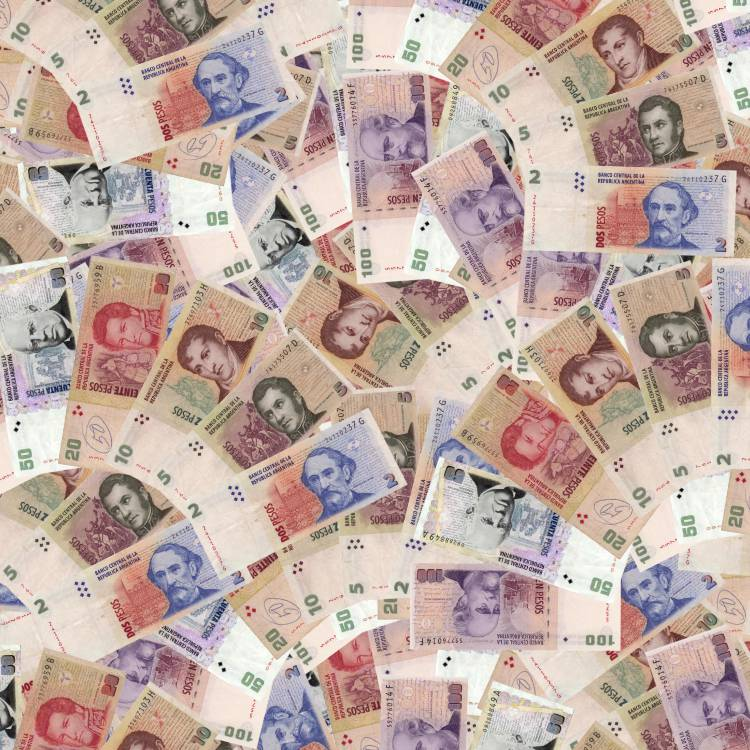 Argentina-Pesos-Money-thumb