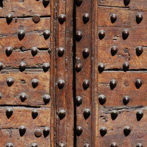 Medieval-Wooden-Doors-thumb